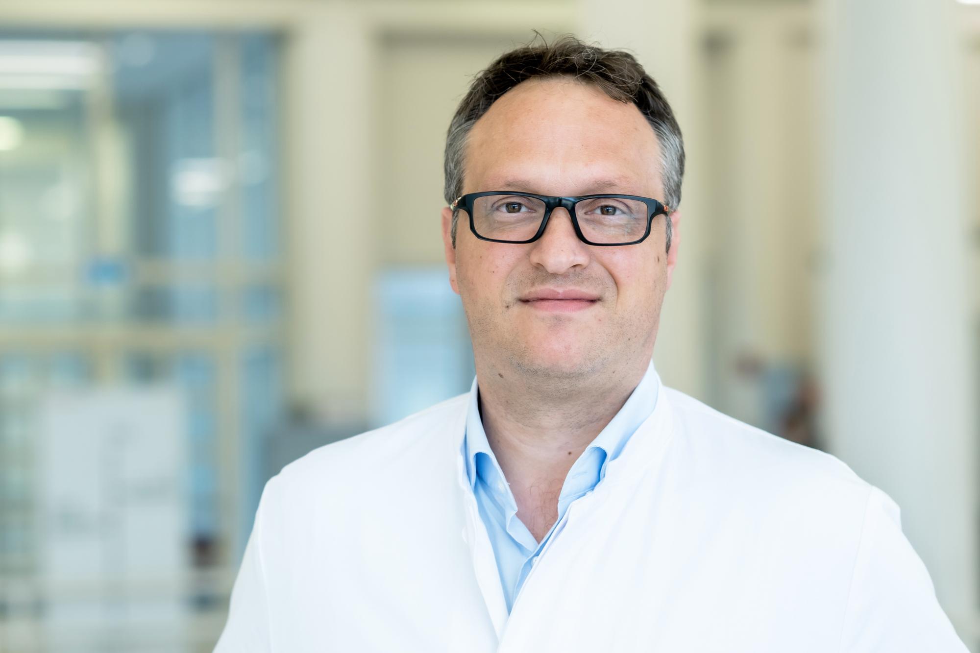 Dr. med. Alexander Carpinteiro