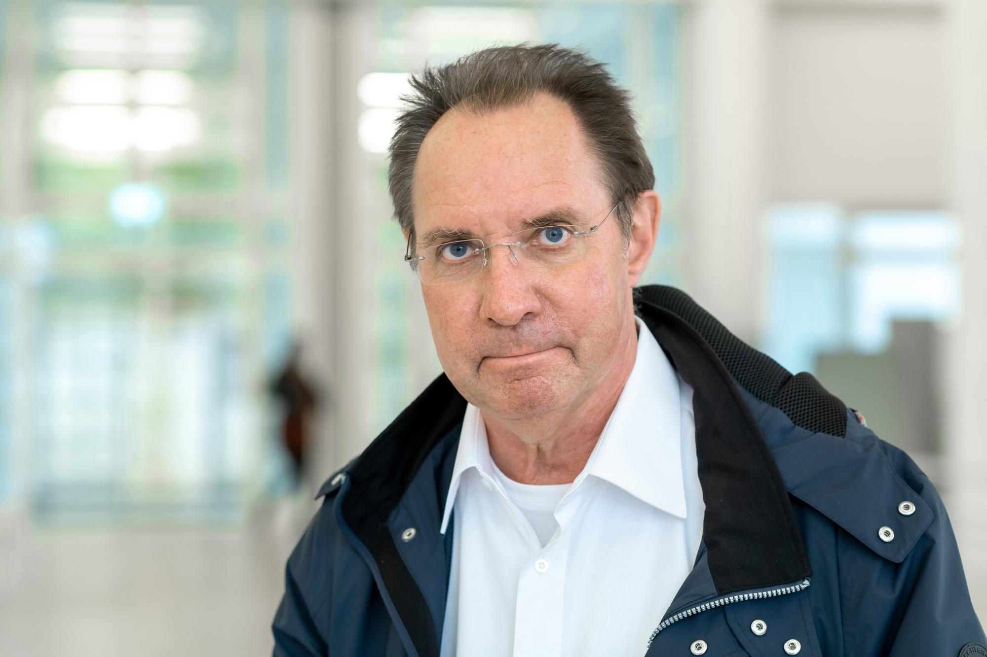 PD Dr. med. Hellmut Ottinger