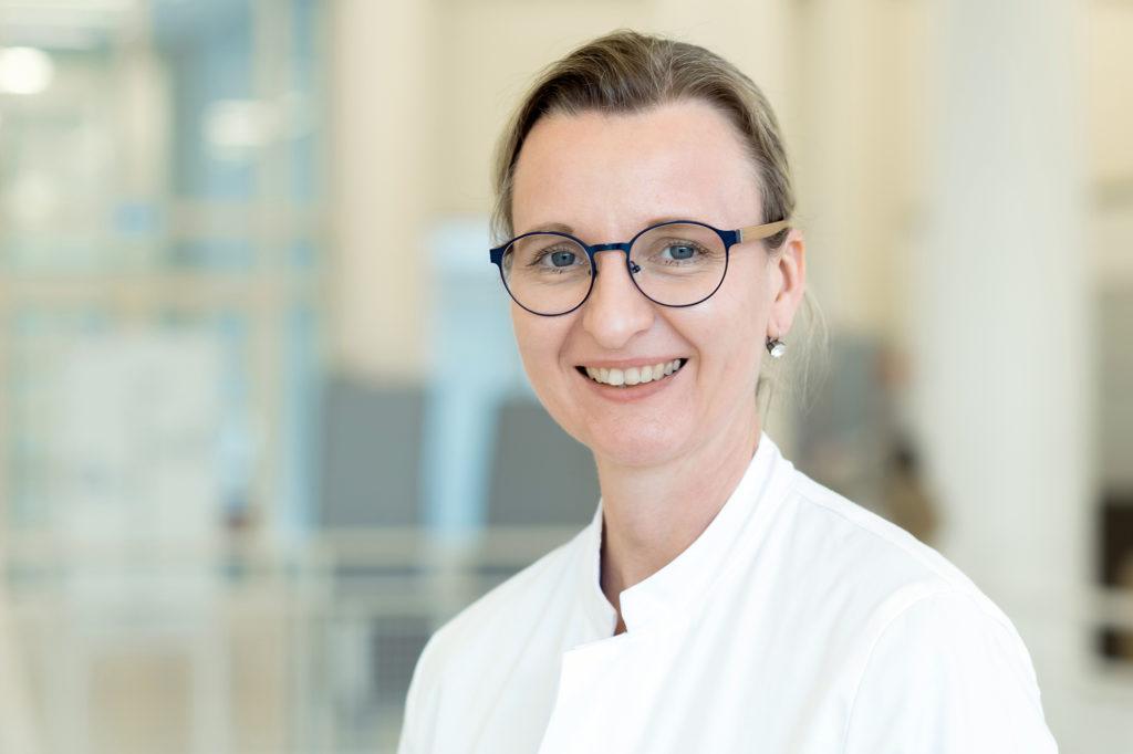 Dr. med. Nina Steckel